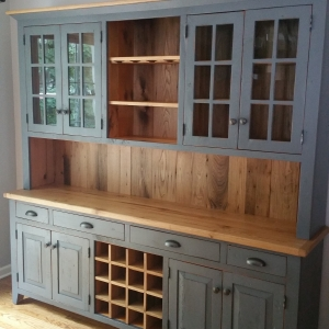 7ft Custom hutch with chestnut upgrade