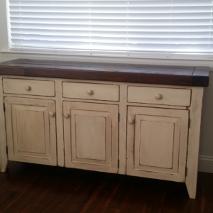 5ft buffet with drawers