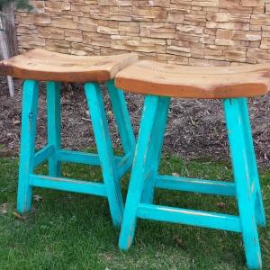 Reclaimed Oak Saddle stool