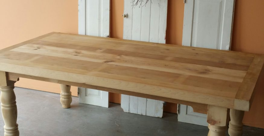 Exceptionnel 7ft Reclaimed Pine Trestle Table 7 Ft Unfinished Farm House Turned Leg Table  In Reclaimed Pine ...